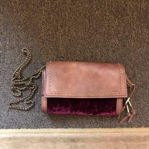 Handbags - Chain crossbody bag